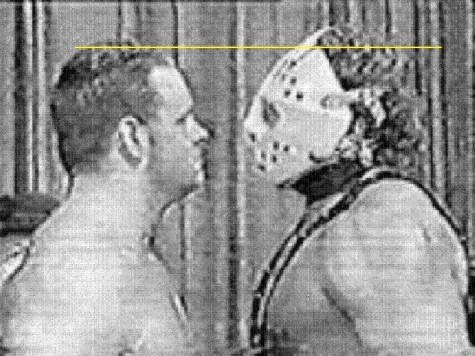 Here's a fascinating look at a face off we'll see years later in a Wrestlemania main event. The masked man was known as Lord Humongous, but you all would know him better as Sycho Sid Vicious.